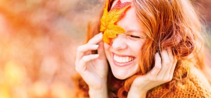 jesienno-zimowa pielęgnacja włosów, jak dbać o włosy jesienią, jakich kosmetyków do włosów używać jesienia, jakie kosmetyki do włosów na zimę
