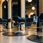 Jak założyć salon fryzjerski i sprawić by stał się dochodowym biznesem?