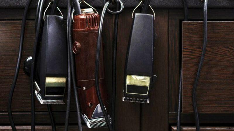 jak dbać o swoją maszynkę do włosów