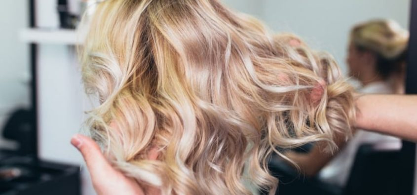 strandlights czyli nowy trend w koloryzacji włosw