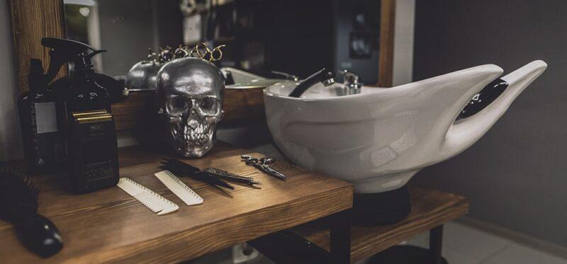 jakie dodatki do stanowiska barberskiego, jak urządzić stanowisko barberskie, jaki wystrój wnętrza na stanowisko barberskie