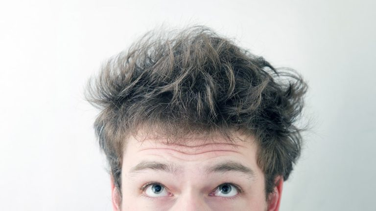 matowy puder do włosów, puder do włosów dla mężczyzn, męska stylizacja, puder dla barberów