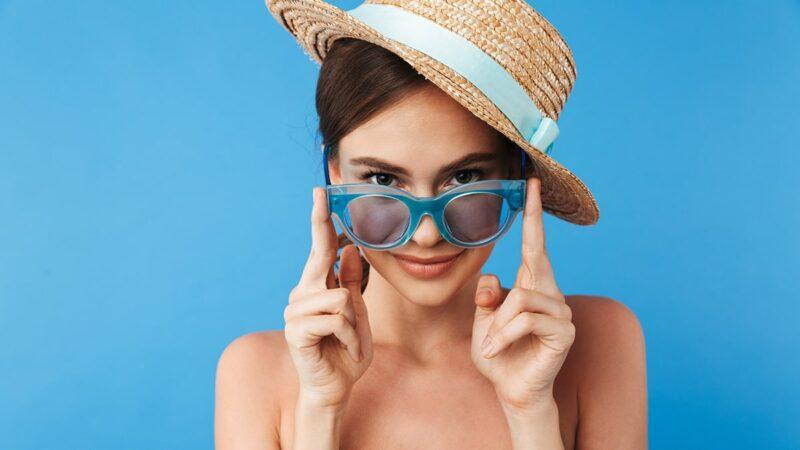 2866d87eb Lato zbliża się wielkimi krokami, więc warto pomyśleć o tym, czego jeszcze  brakuje w szafie przez wakacyjnym sezonem. Jeśli masz kapelusz, to  świetnie, ...