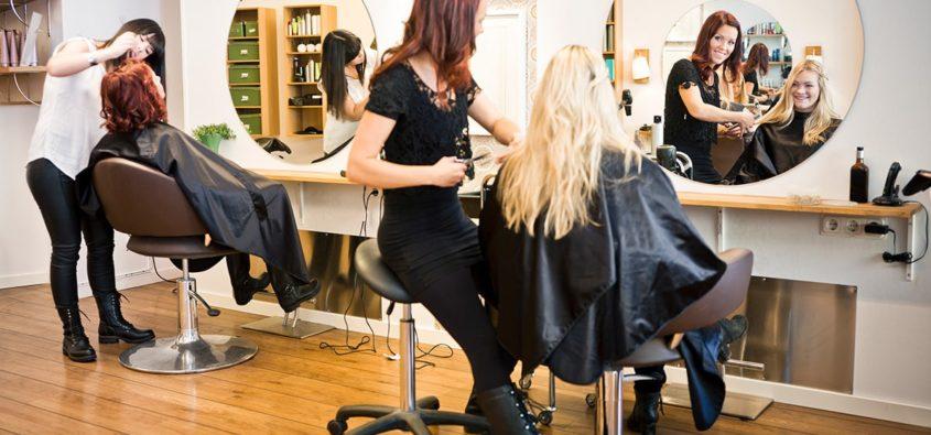 dezynfekcja, płyn do dezynfekcji, środki do dezynfekcji,dezynfekcja w salonie fryzjerskim krok po kroku dezynfekcja i sterylizacja w salonie fryzjerskim procedura mycia i dezynfekcji narzędzi fryzjerskich sterylizacja w salonie fryzjerskim