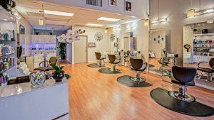 kiedy otworzą saloby fryzjerskie, otwarte salony fryzjerskie, koronawirus, pandemia, epidemia, fryzjer, wizyta w salonie