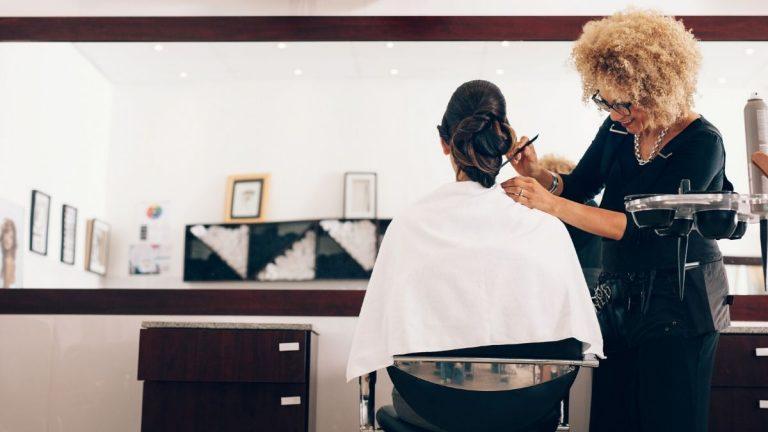 meble do salonu fryzjerskiego, zakładanie salonu fryzjerskiego