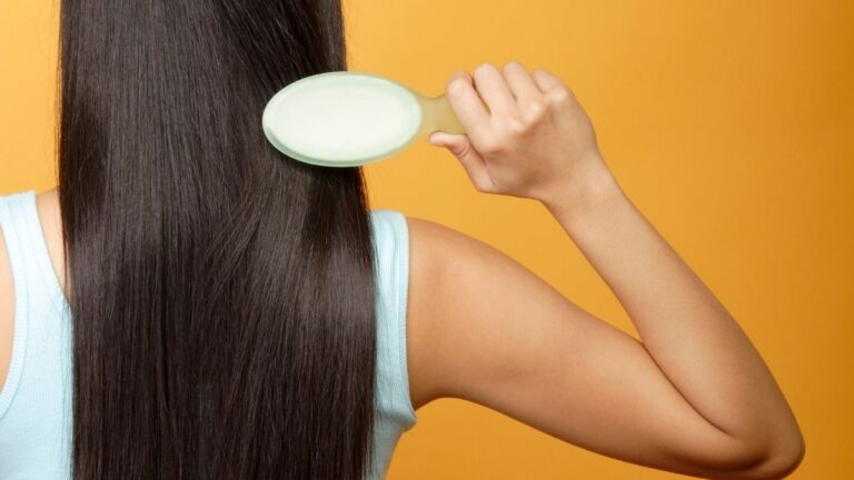 jak prawidłowo czesać włosy, jak poprawnie czesać włosy