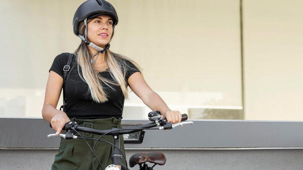 fryzury na rower, jak czesać się na rower