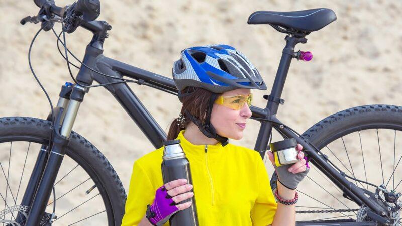 jak czesać się na rower, jak uczesać się na rower