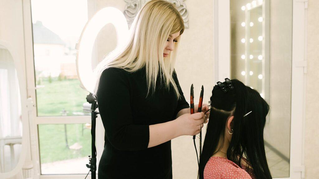 przedłużanie włosów, przedłużane włosy, metody przedłużania włosów