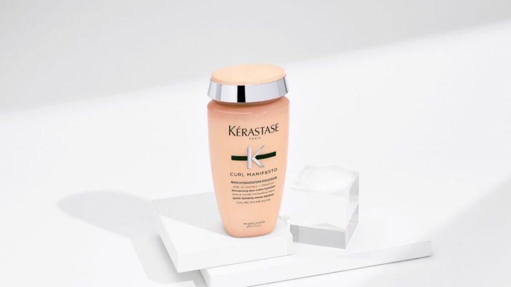 szampon do włosów kręconych Kerastase curl manifesto, kosmetyki do włosów kręconych kerastase