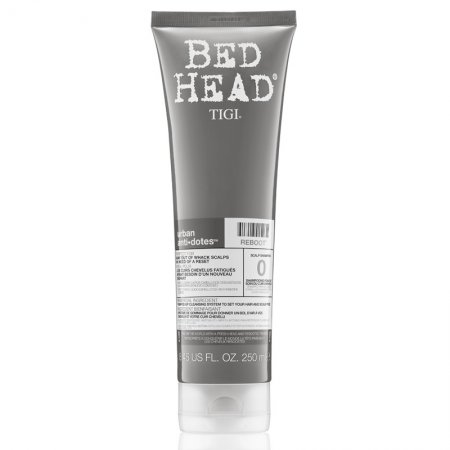 Tigi Bed Head Urban Anti+Dotes Reboot, nawilżający szampon oczyszczający, 250ml